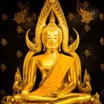 2013_Phra_Buddha_Chinnarat_01